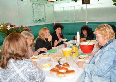 Soup and Sushi in the Sukkah 2016