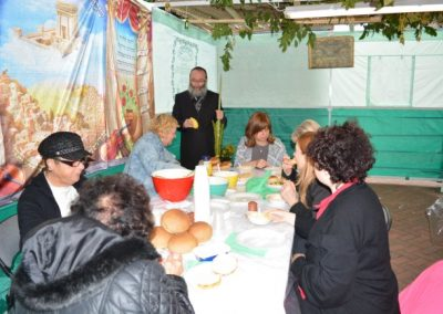 Soup and Sushi in the Sukkah (4)